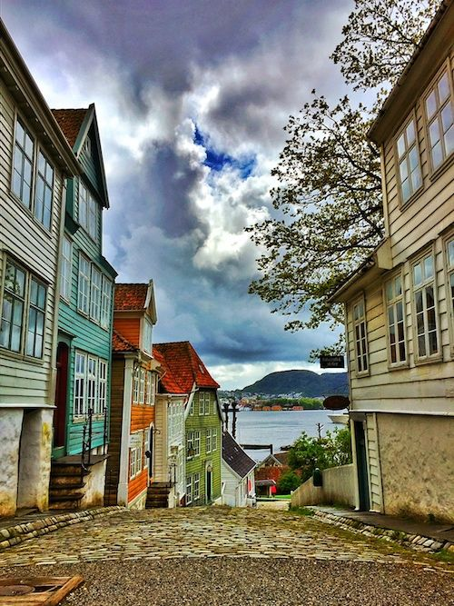 bergen, norway. urban streets of old town.  home - drip cult - a blog about men's fashion, food, music, art, & lifestyle