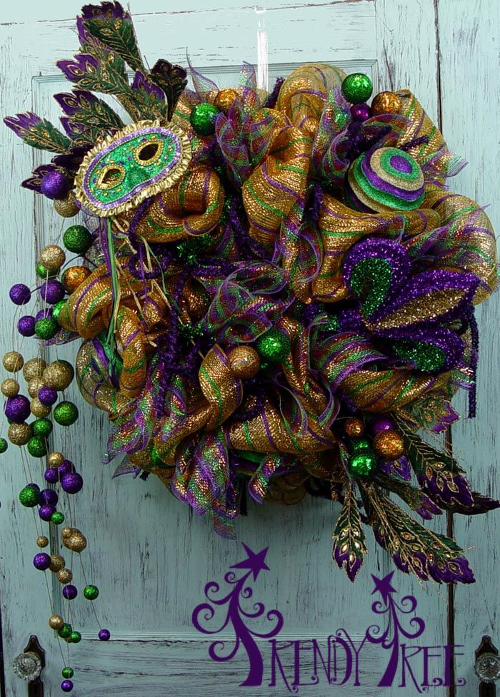 Mardi Gras Wreath Tutorial - Trendy Tree Blog