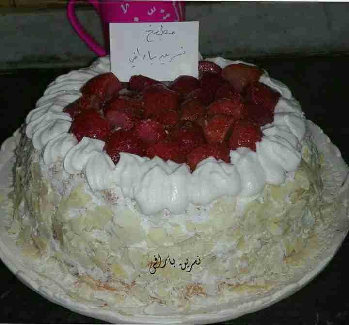 كيكة وايت فروست ملكة الكيك زاكي Dessert Recipes Desserts Cake