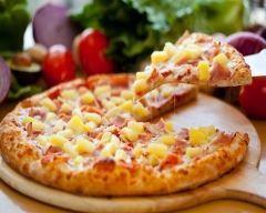 pizza hawaïenne sans gluten : http://www.cuisineaz.com/recettes/pizza-hawaienne-sans-gluten-88084.aspx