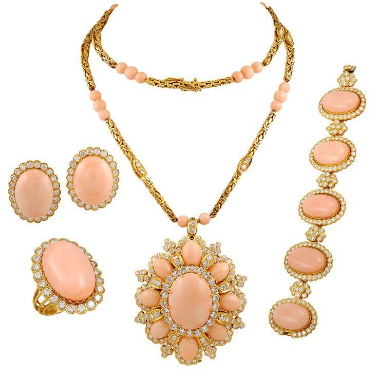 1stdibs   Coral & Diamond Parure Suite Necklace