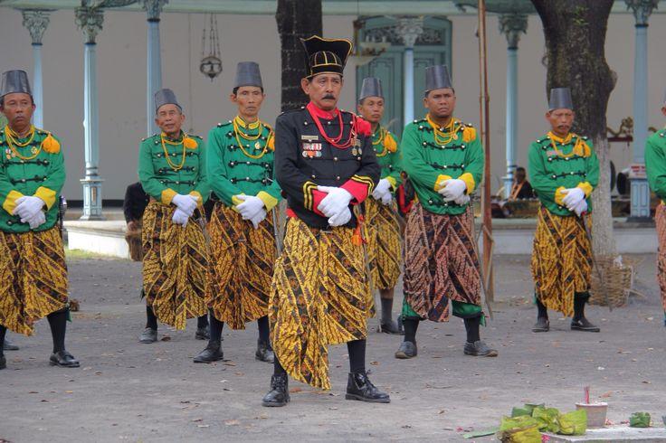 Prajurit Karaton Surakarta Hadiningrat