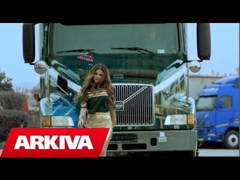 Dhurata Dora - A bombi (Official Video HD) - YouTube