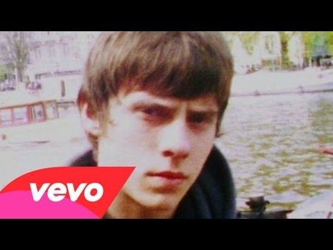 Music video by Jake Bugg performing Lightning Bolt. (C) 2012 Mercury Records, a division of Universal Music Operations Limited