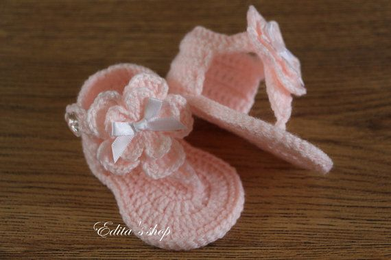 Crochet baby sandals, baby gladiator sandals, baby booties, baby shoes, pink, gift, photo prop, READY TO SHIP, size 3-6 months