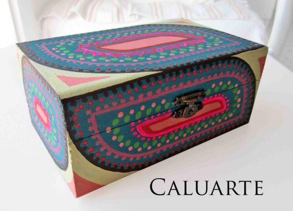 Caja de madera pintada a mano , Madera, Cajas