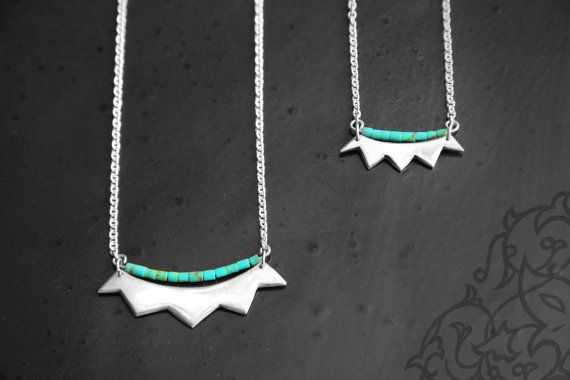 Silver and turquoise crown necklace