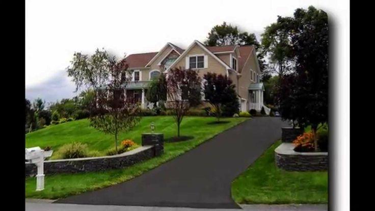 Asphalt driveway by blocnow.com