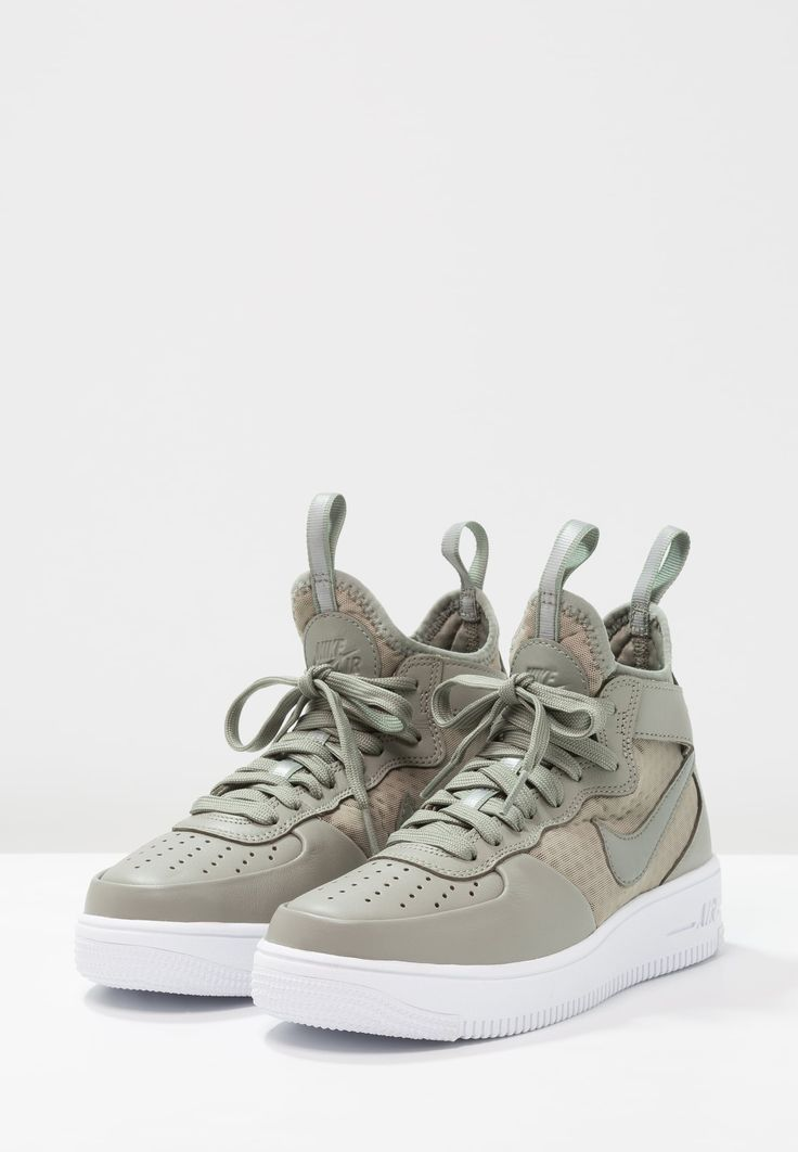 https://www.zalando.fr/nike-sportswear-air-force-1-ultraforce-mid-baskets-montantes-ni111s06t-n11.html