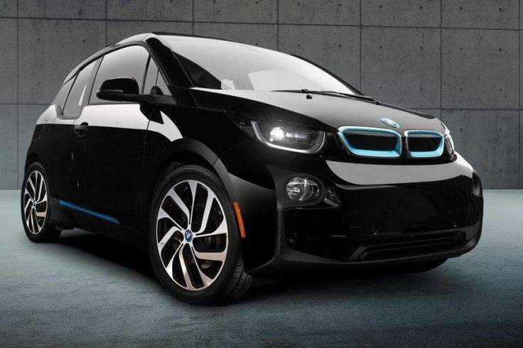 BMW i3 receives a special edition Shadow Sport Edition! BMW announced some time ago a new version of its special EV BMW i3 model. Behold, after an attempt to awaken the curiosity with a teaser website launched today already see the first pictures of little, presented at the Auto Show in Los Angeles. BMW i3 is offered to customers both full-electric...