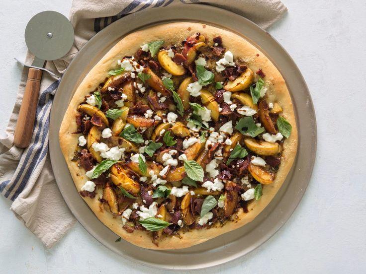 Basil Pizza with Bacon Recipe Basil pizza, Bacon, Pizza
