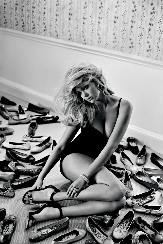 Sam Edelman chose Kate Upton as its new face because 'She isn't stick thin'