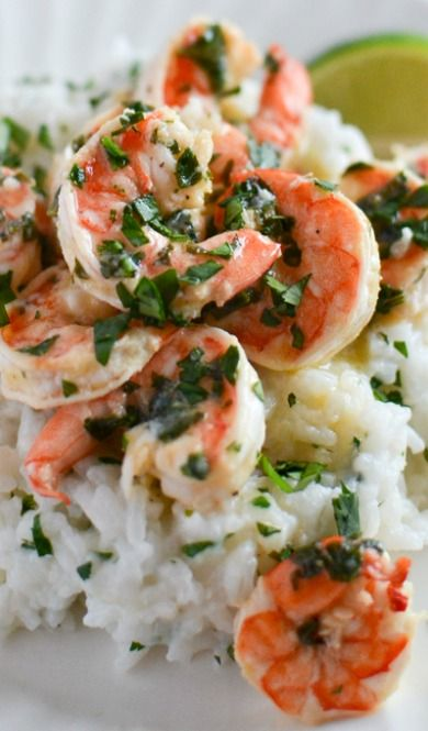 Langostinos al cilantro y lima con arroz de coco - Cilantro Lime Shrimp with Coconut Rice
