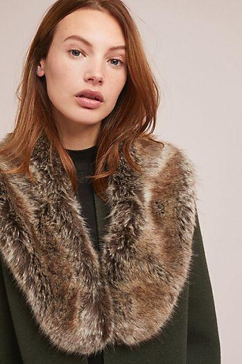 436686bf0d2cd Hugo Faux Fur Collar   Love the Look   Faux fur collar, Faux fur ...