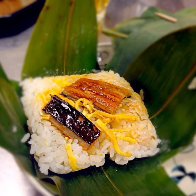 笹の葉の香りがしておいしい♪ - 8件のもぐもぐ - 蒸し寿司の笹巻き by ayaaye