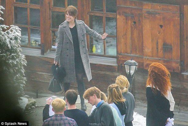Princesa Eugenie e o namorado foram visitar Sarah Ferguson a Verbier