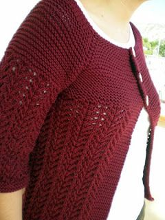 Copper Kettles and Woolen Mittens: Lady February Sweater. Traducción