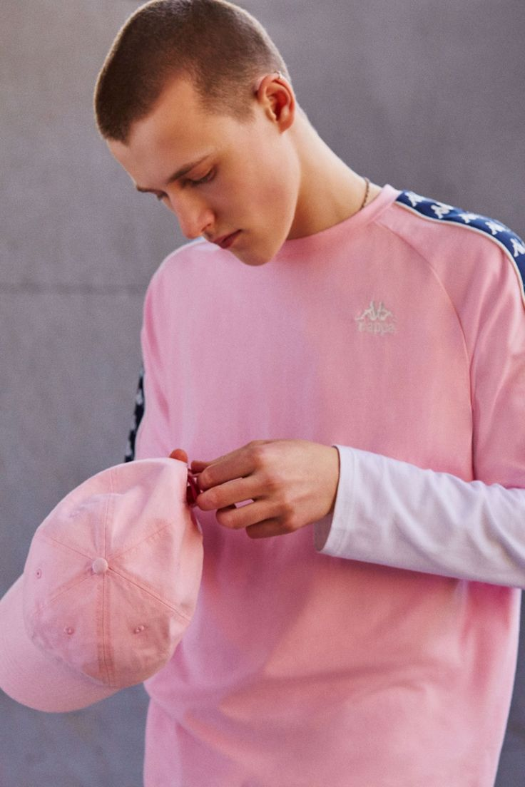 April 2017 Lookbook | Kappa Zasti Pink Taped Raglan T-shirt | Men | Top | Graphic Tees | Urban Outfitters | New In