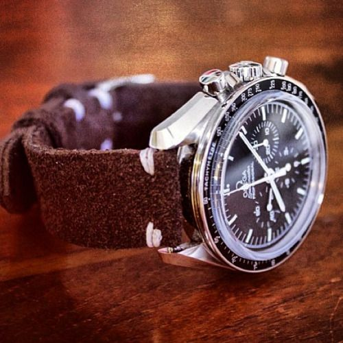 Omega Speedmaster Professional + Vintage Mocka Choklad (photo @jazqt ) #omega #speedmaster #racing #chronograph #watch #watches #vintage #suede #luxury #leather #strap #klocksnack #tidssonen #m#timetotalk #menswear