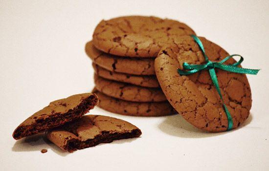 Ropogós - olvadós csoki keksz