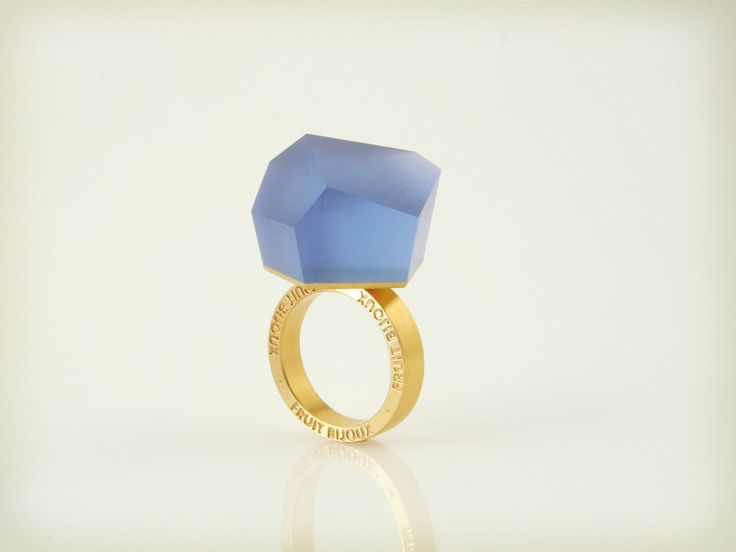 Fruit Bijoux, VU, gold ring, cobalt blue. To download high or low resolution product images view Mondrianista.com (editorial use only).