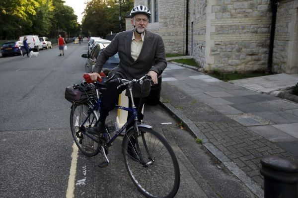 His 'Chairman Mao-like bicycle': Right-wing press loses the plot as Jeremy Corbyn hits out at 'poverty deniers' | Politics | The National