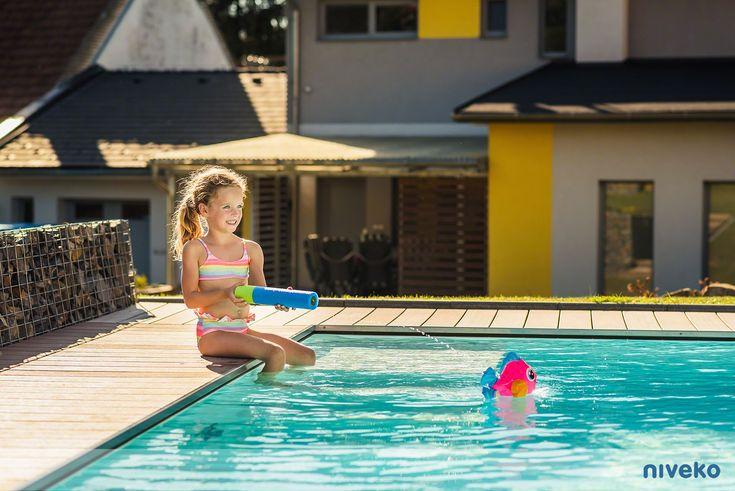 NIVEKO Underflow » niveko-pools.com #lifestyle #design #health #summer #relaxation #architecture #pooldesign #gardendesign #pool #swimmingpool #pools #swimmingpools #niveko #nivekopools