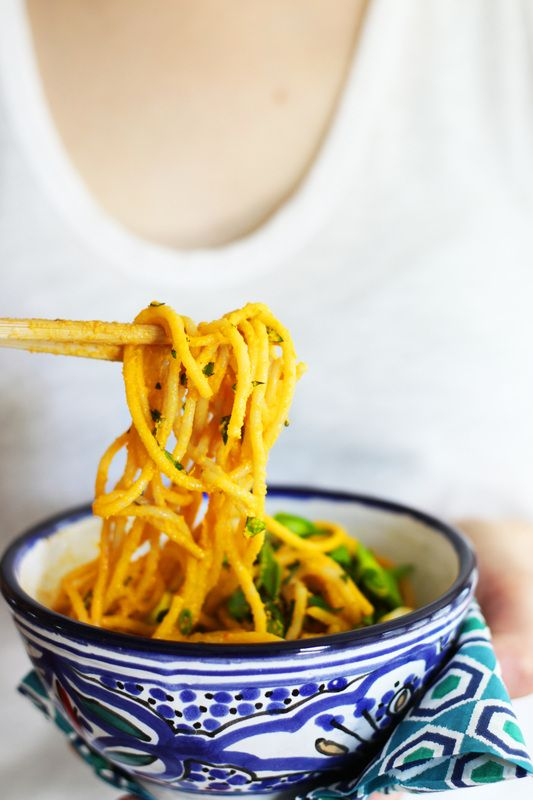 Crave-Worthy Sesame Carrot Noodles with Grilled Asparagus | Clean Wellness