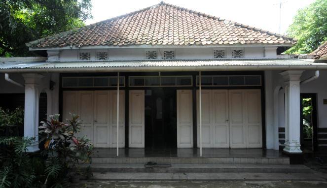 Batik Madmil Cirebon