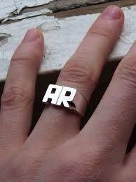 Resultado de imagen para anillos plata y oro con iniciales como se fabrican