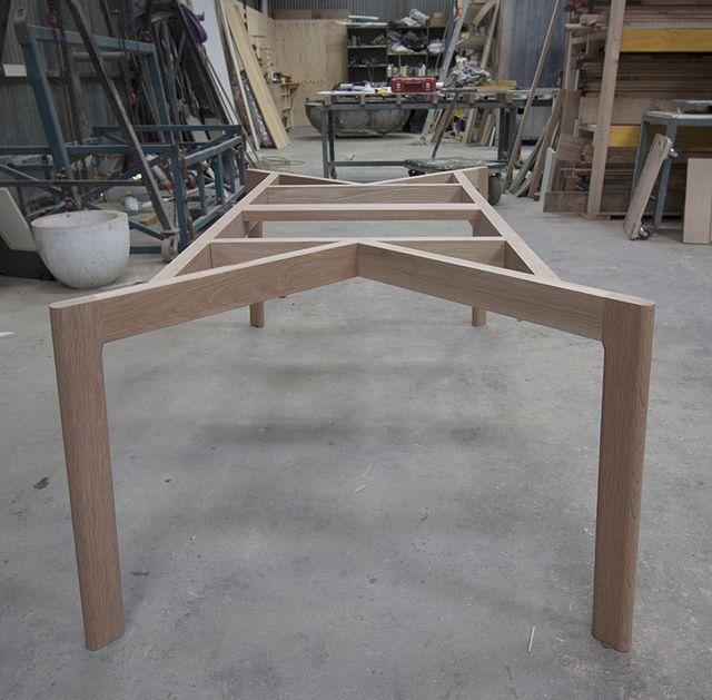 Сэм Обеденный стол с RELM Мебель - Обеденный стол, дуб, Custom, Доувтейл