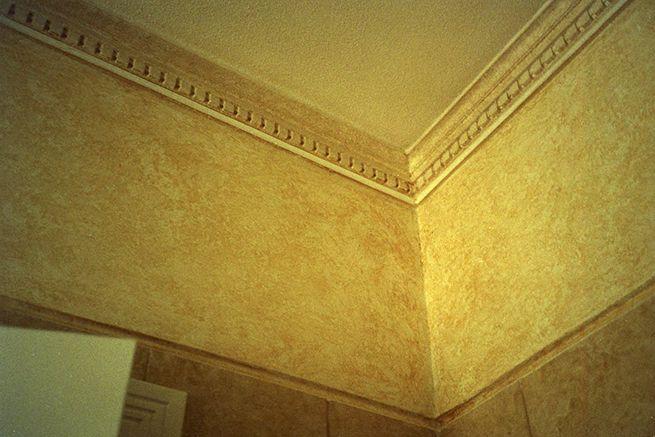Armação de Pêra 2004. Rebuild of an old villa. Bathroom wall finish.