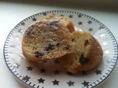 Een slanker alternatief voor de traditionele oliebollen tijdens oud & nieuw: Oliebollencake. Dezelfde smaak, maar een stuk minder vet.