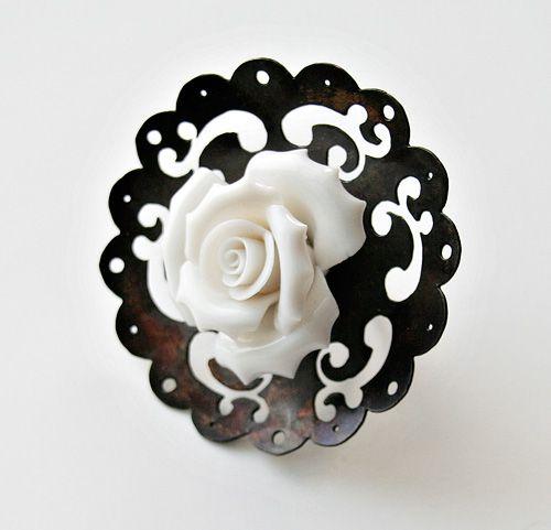 Melitina Balabin ~ONCE UPON A TIME, #ring, silver, copper, patina, porcelain, 80 mm, 2008 | melitina.balabin.net