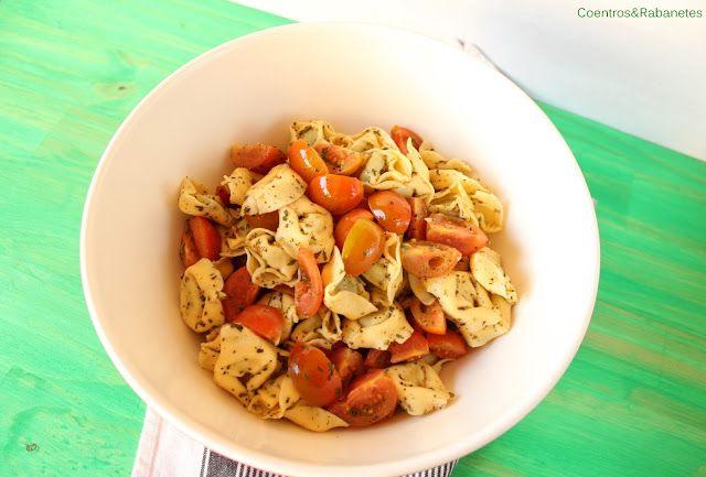 Salada de tortellini e tomate-cereja | Tortellini and cherry tomato salad