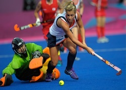 2012 medallist Georgie Twigg joins Surbiton hockey club
