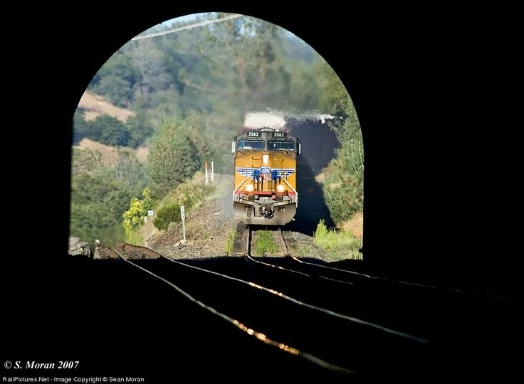 RailPictures.Net Photo: UP 5583 Union Pacific GE AC4400CW-CTE at Newcastle, California by Sean Moran