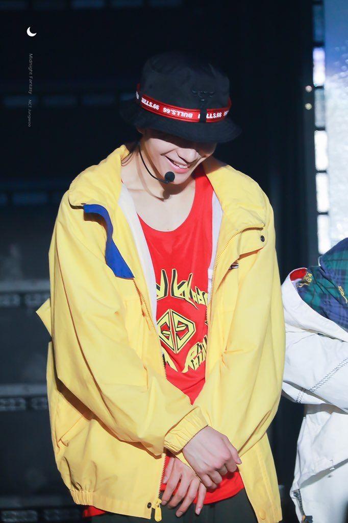 Pin Oleh Rachel Li Di Jungwoo Nct 127 U Winwin Lucas Taeyong