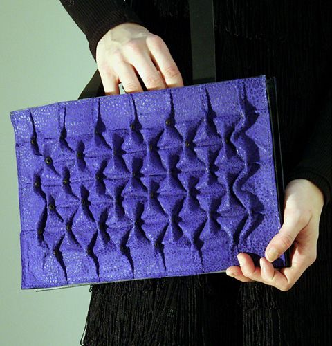 Maria used a Smock-technique on the purple and the black bag.  The bags seem to be inspired by Arabian architecture…