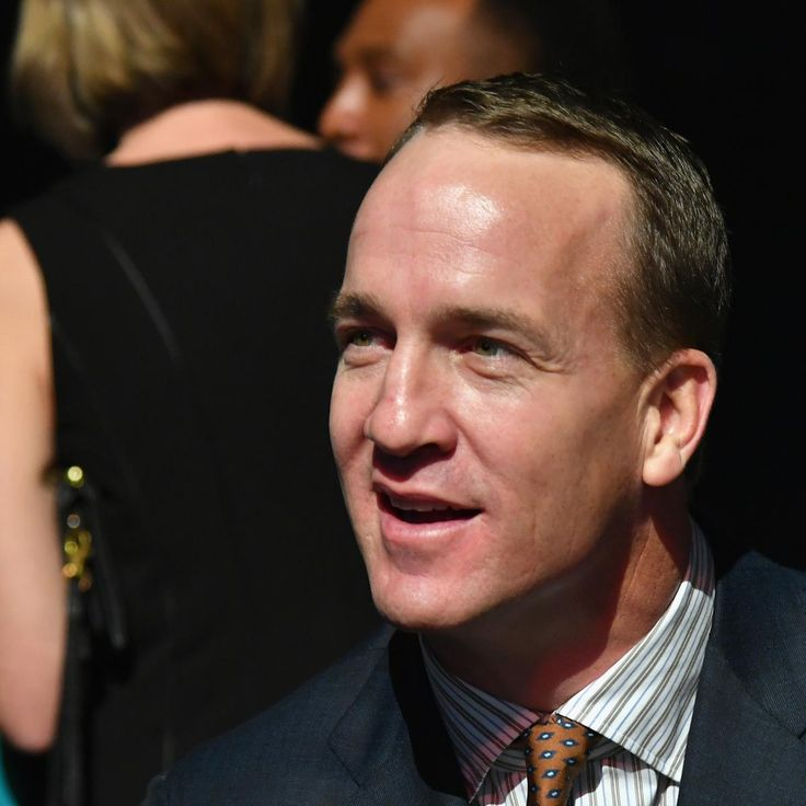 Peyton Manning Statue Unveiled Outside of Colts' Lucas Oil Stadium