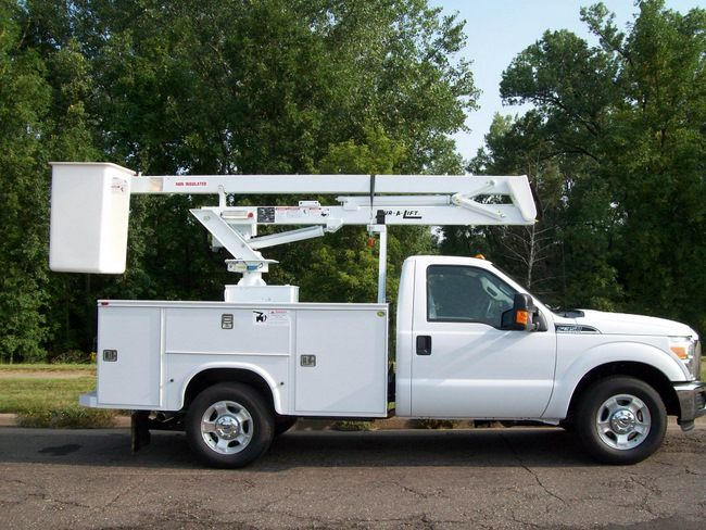 14 best lawn and garden images on pinterest lawn and garden aerial lift truck fandeluxe Gallery