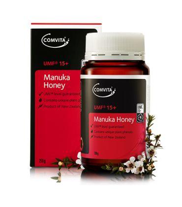 Miere de Manuka UMF®15+ 250gr. Adevarata miere de Manuka este produsa numai in Noua Zeelanda si pentru a va asigura de calitatea produsului achizitionat, va recomandam sa alegeti mierea ce are factorul UMF® indicat pe ambalaj.
