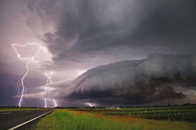 Severe thunderstorm on the New South Wales north coast around Lismore and Grafton. Picture: DAVID ELLEM / Bureau Of Meteorology