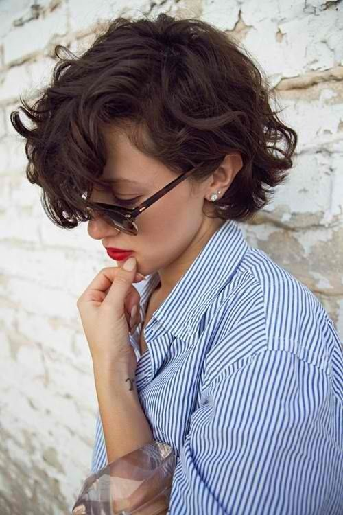 Best 25+ French haircut ideas on Pinterest   Bob with fringe, Long ...
