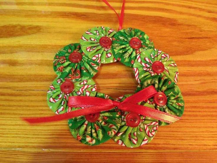 Yoyo Christmas Wreath Ornament