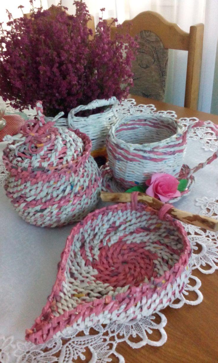 różowe koszyczki