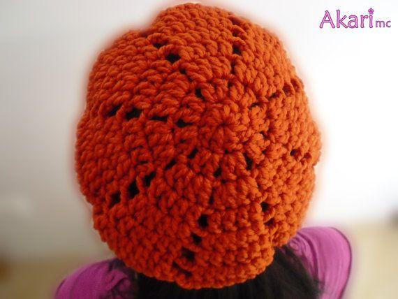 Crochet beret pattern. Easy crochet beanie by AkariCrochetPatterns