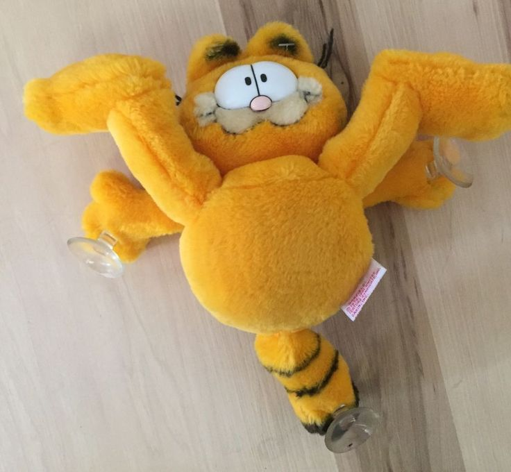 Rare Vintage Garfield Plush Window Cling *Suction Cup *1981 Dakin *Bottoms Up!