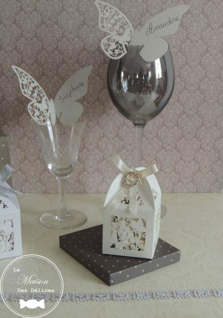 Les 168 meilleures images propos de accessoire mariage for Place du verre a eau sur une table