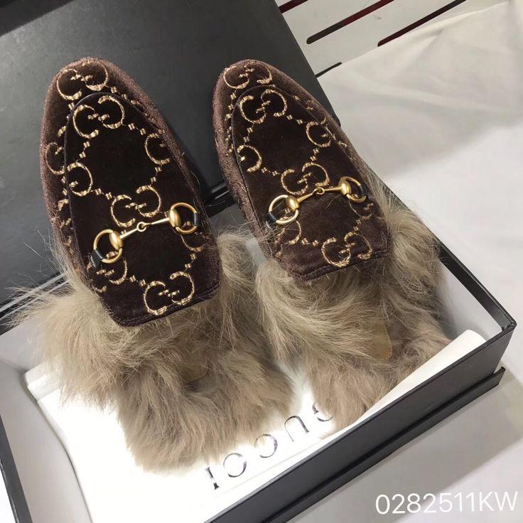 Gucci Woman New Fur Slippers